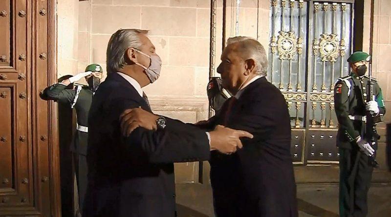 Fernández se reúne con López Obrador en el Palacio Nacional