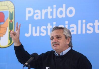 Fernández encabezó una reunión del PJ y convocó a «garantizar el debate y el federalismo»